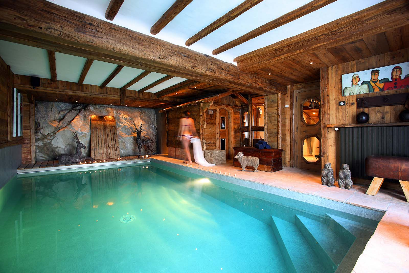 Chalet rocher in val d 39 isere by skiboutique for Piscine val d isere