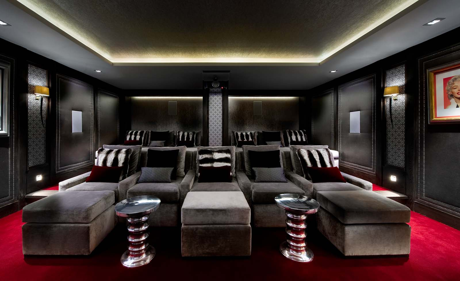 chalet blanchot in courchevel 1850 by skiboutique. Black Bedroom Furniture Sets. Home Design Ideas