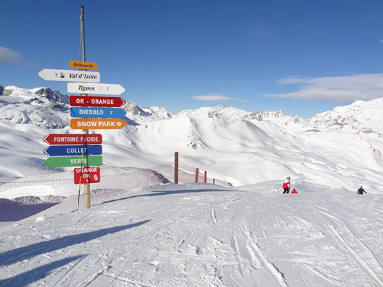 Luxury Resort Guide Val disere by SkiBoutique