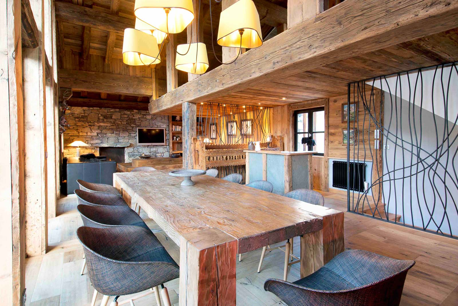 Chalet rive gauche in val d 39 isere by skiboutique for Boutique skihotel