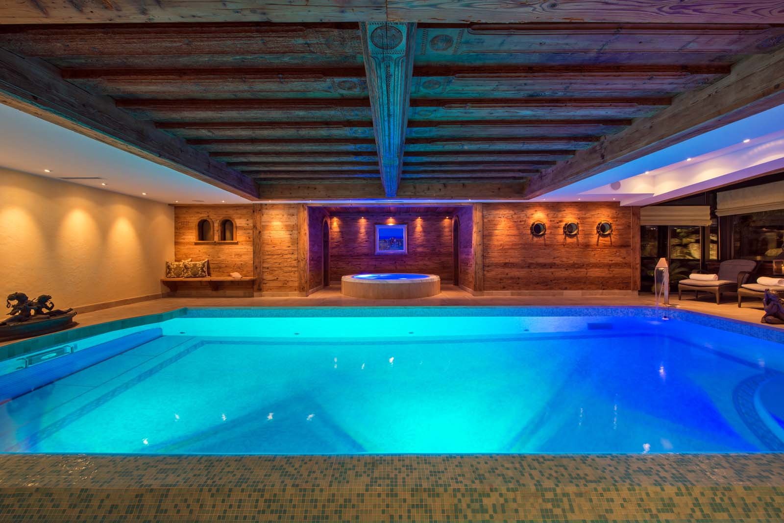 chalet makini in verbier by skiboutique