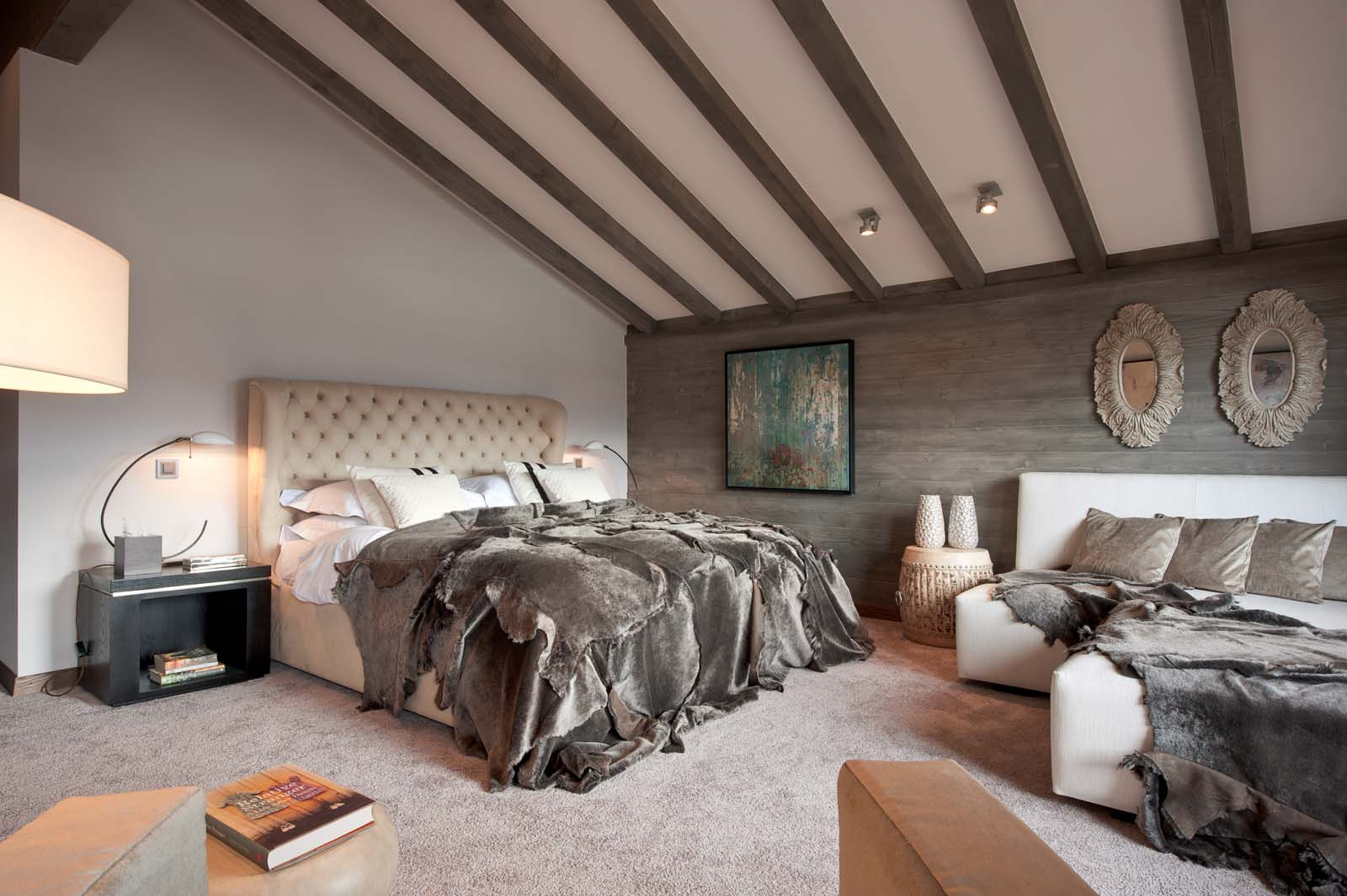 32 Stunning Luxury Master Bedroom Designs Photo Collection: Chalet No14 In Verbier